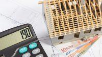 Hausbau-Finanzen im Griff: Keinen Posten vergessen mit einer soliden Kostenaufstellung