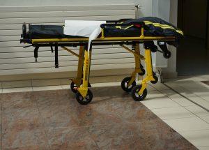 Wenn das Kranksein teuer wird: Eine Zuzahlungsbefreiung für den Krankenhaus-Aufenthalt beantragen